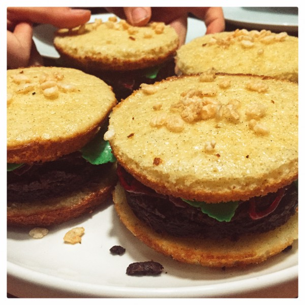 Burger cakes